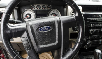 Ford F-150 FX4 lleno