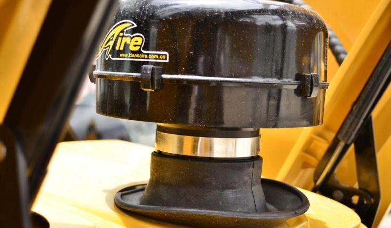 RETRO-EXCAVADORA LOVOL FLB468-II lleno
